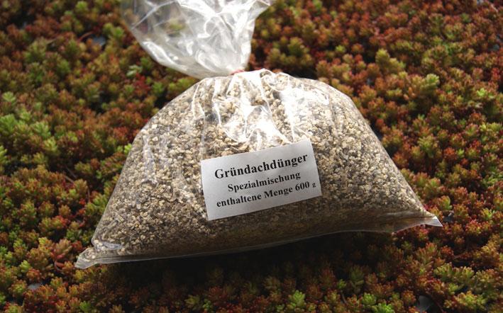 gruendachduenger-spezial-600g-dachgarten24512a54a6657bf